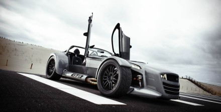 donkervoort-d8-gto-header-1140x581